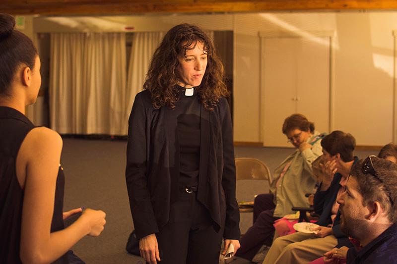 Pastor Anja Helmon
